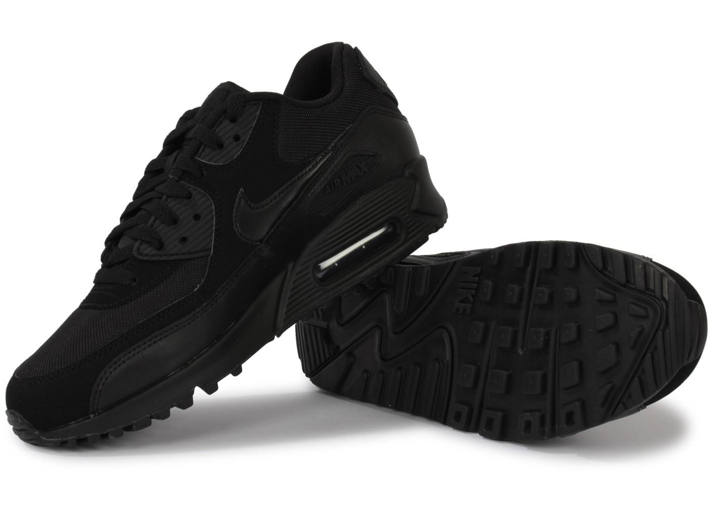 chaussure nike noire femme